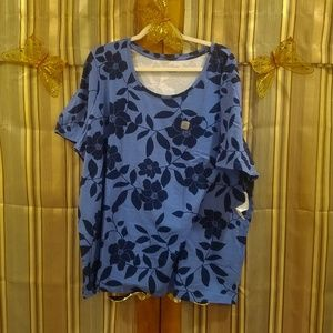 NWT Suprema Top with Flower Pattern